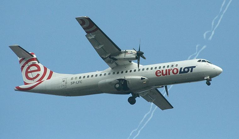 Samolot Eurolot, Aut. Arz