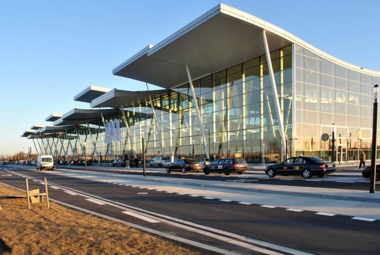 Terminal T2 we Wrocławiu, aut. Maciej Lulko
