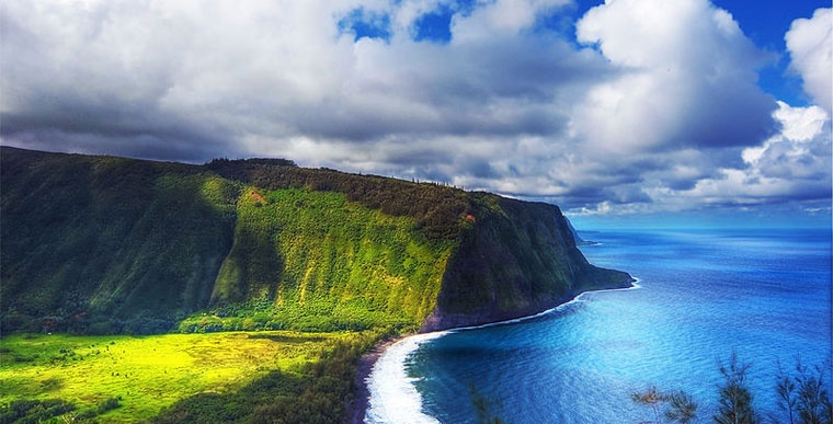 aut. Paul dexxus, waipio valley, big island