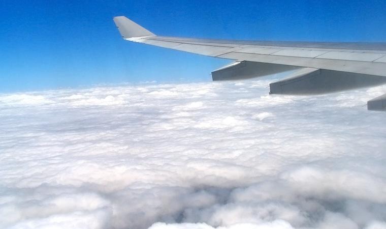 Widok z samolotu, Podróże