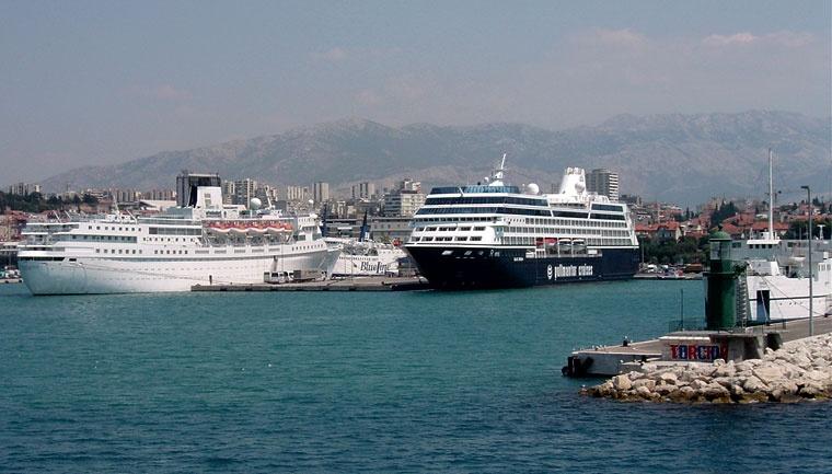 Statki rejsowe, Podróże