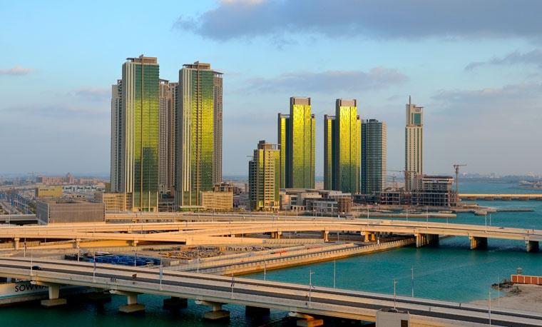 Abu Dhabi - podczas budowy