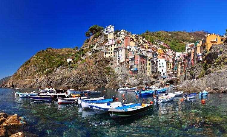 Riomaggiore village, Cinque Terre, Włochy, Liguria,