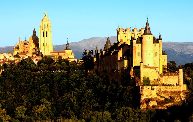 Segovia, zamek i katedra, Kastylia i León, Hiszpania
