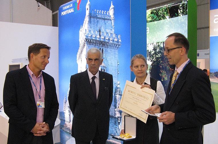 Portugalia nagradza Itakę, Uroczystość wręczenia medalu