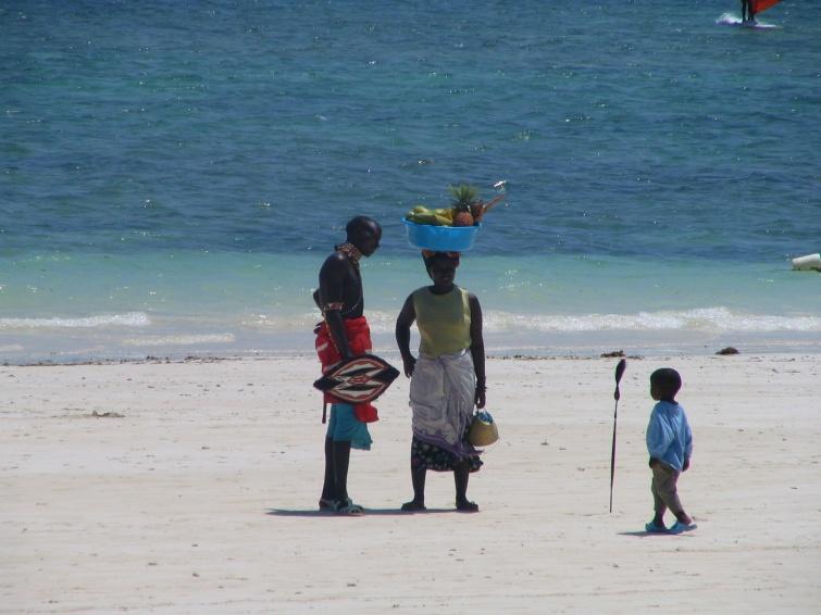 Rodzinka na plaży - Mombasa - Kenia