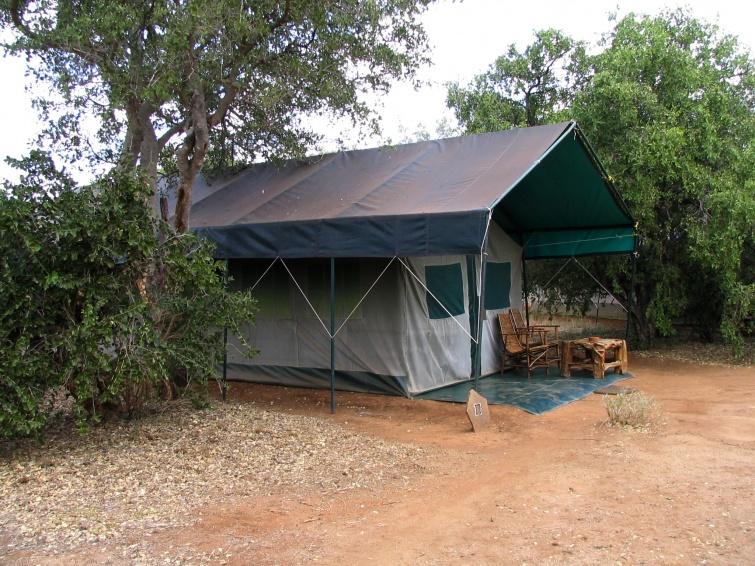 W takim namiocie spaliśmy - Mombasa - Kenia
