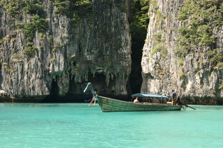 Typowy krajobraz Phi Phi - Wyspa Phi  Phi - Tajlandia