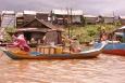 Mieszkańcy pływającej wioski - Floating Village - Kambodża
