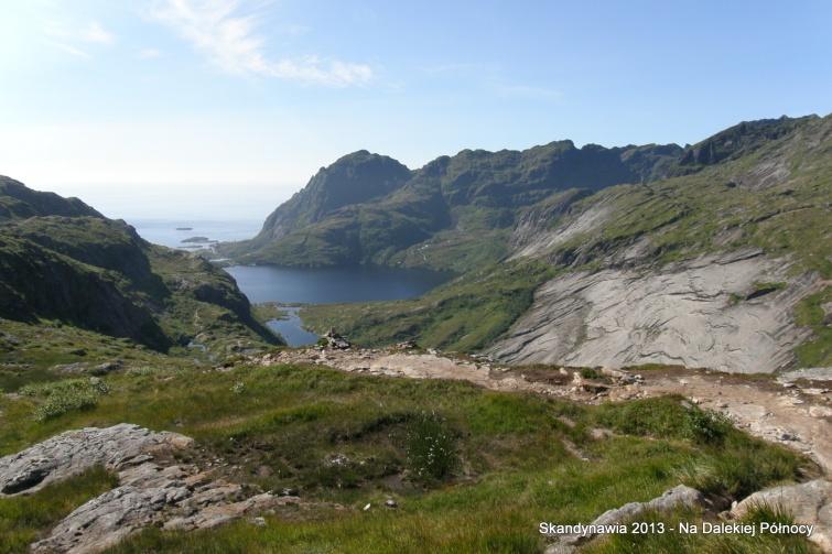 W drodze do Schroniska Munkebu - Lofoty - Norwegia
