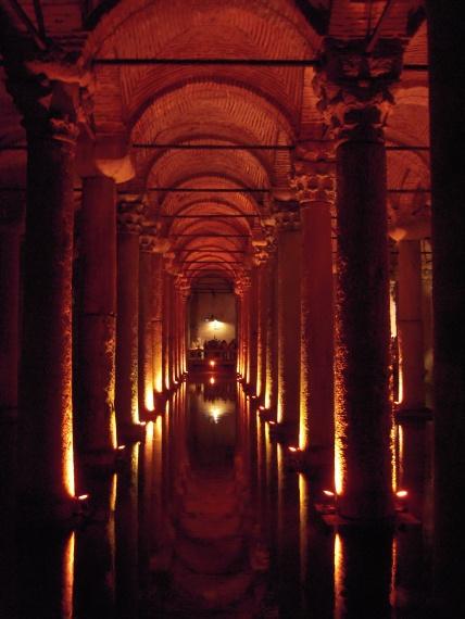 Basilica Cistern - Istambuł - Turcja